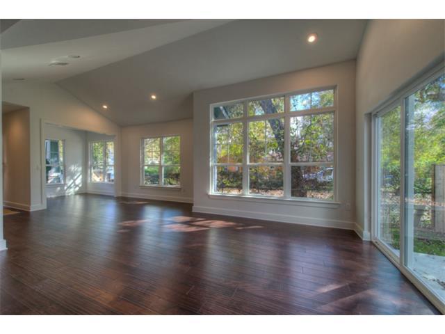 2505-b-hidalgo-street-listing-5854057-living-area-view-a