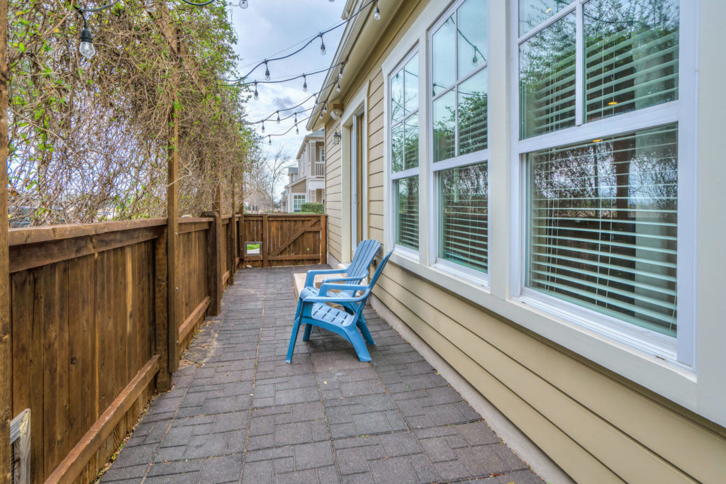 3900 Threadgill St Unit 18-large-041-55-Backyard